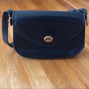 ★GUCCI★ Authentic, Vintage Blue Flap Shoulder Bag